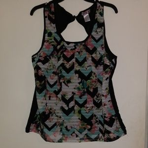 Three Pink Hearts Top Size Xl